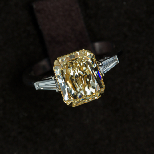 1-Carat Engagement Ring